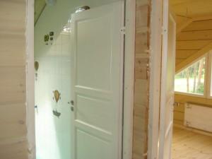 Дверь сосновая выбеленная HS-101